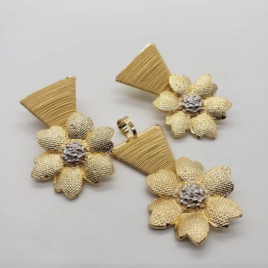 2 tone petal 18k Brazilian gold pendant and earrings set.