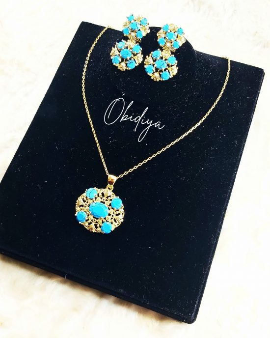 Turquoise pendant and earrings set